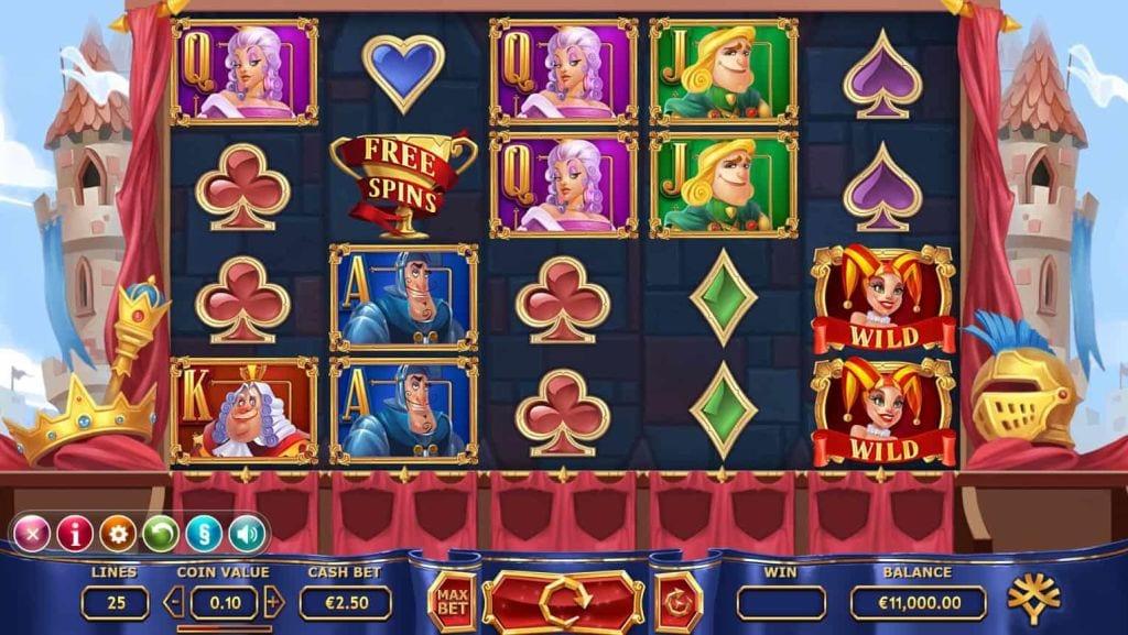 Play Royal Family Slot Game
